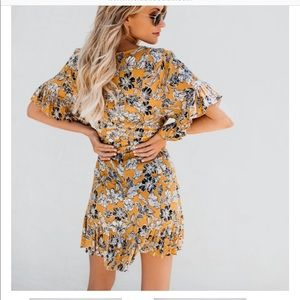 vici Dresses - Vici collection yellow floral wrap dress